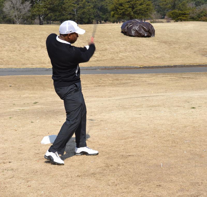 golfer5swinging